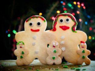 Make Cookies with a Different Theme Each Year. Photo: LEAH FAULLER/FLICKR/GETTY IMAGES