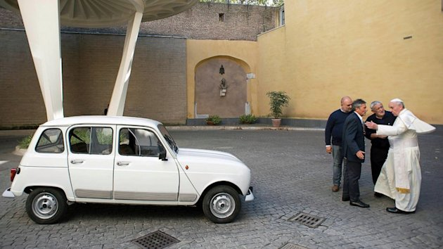 New Popemobile Is a 1984 Renault With 186,000 Miles on It (ABC News)