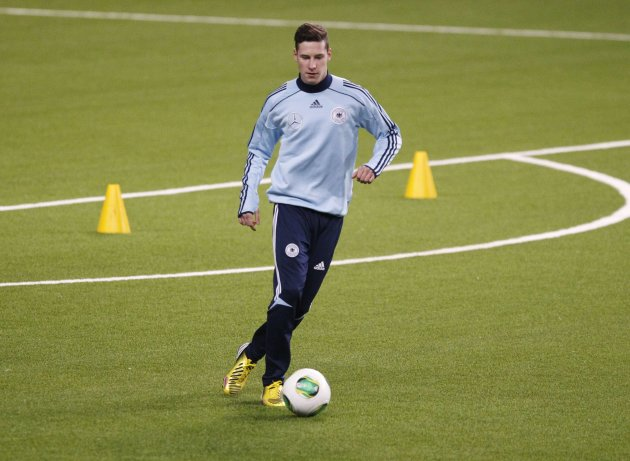 Germany's national soccer team player Draxler attends training session ahead of their 2014 World Cup qualifying soccer match against Kazakhstan in Astana