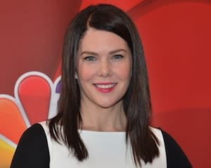 Lauren Graham Reunites With The CW, Debut Novel in Development at Network