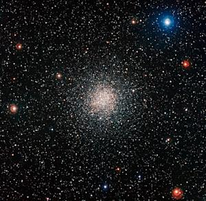 Stunning Star Cluster Includes Deceptively Young Stars