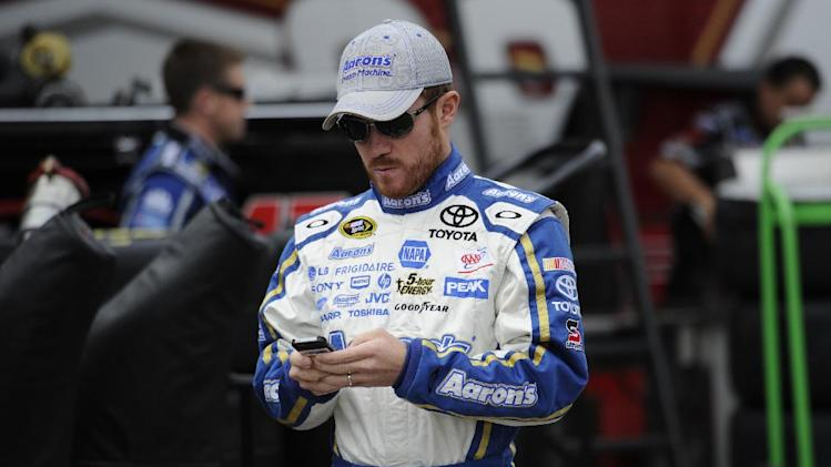Vickers to miss rest of season with blood clot