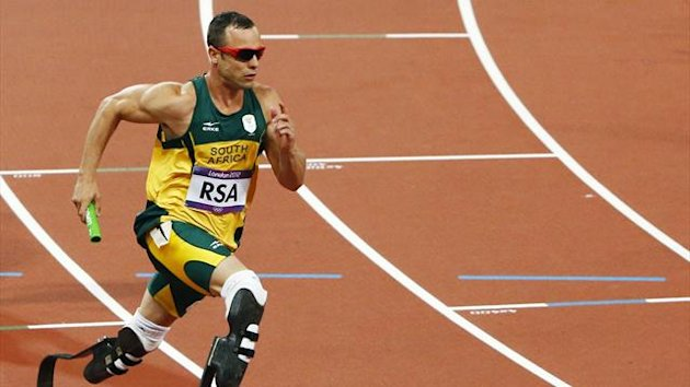 Oscar Pistorius competes in the 4x400m relay at London 2012 (Reuters)