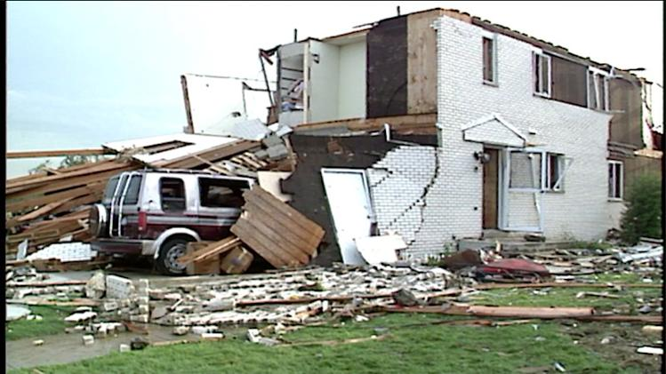 Architect and tornado survivor on OK destruction