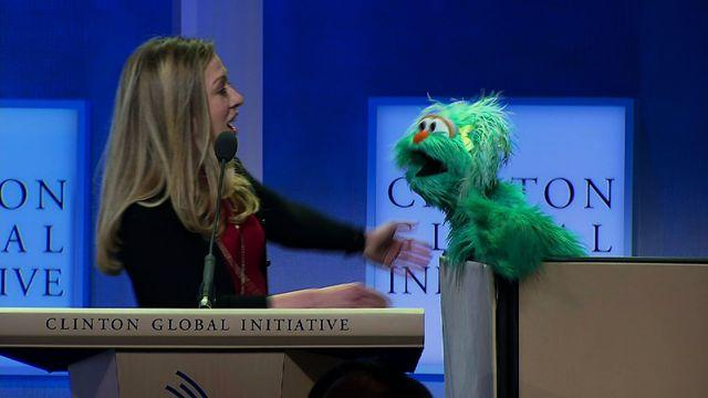 "Chelsea Clinton experiences her ""very first Muppet kiss"""