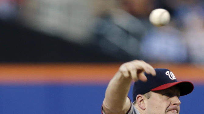 Nats hold off Mets 3-2 for 10th straight at Citi