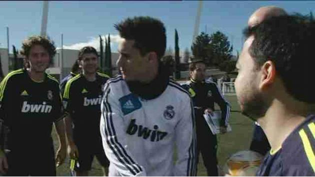 Liga - Real Madrid players train with fans