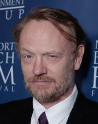 Jared Harris Joins 'Poltergeist' Reboot