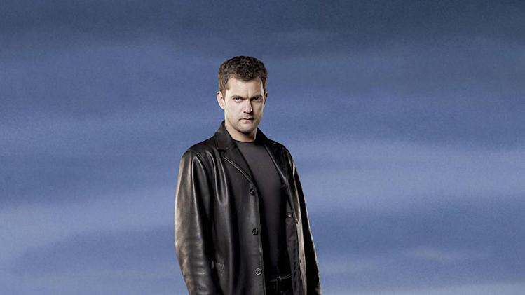 Joshua Jackson as Peter Bishop in the Fox series Fringe