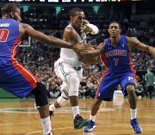 O'Neal leads Celts to 1st win, 96-85 over Pistons