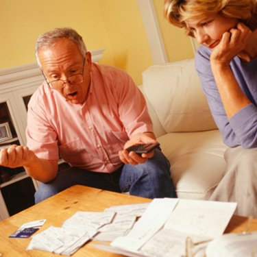 Mature-couple-managing-finances_slideshow