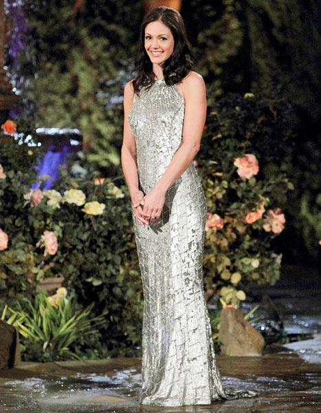 The Bachelorette Episode 8 Recap: Zak Gives Des a Ring on Hometown Date, Des Hopes Brooks Will Propose