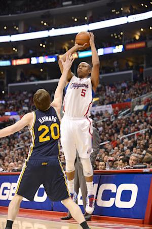 Clippers win 17th in row, finish December at 16-0
