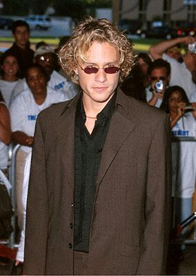 Heath Ledger at the Loews Century Plaza premiere of Columbia's The Patriot