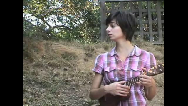 Web Exclusive: Ukulele Duet