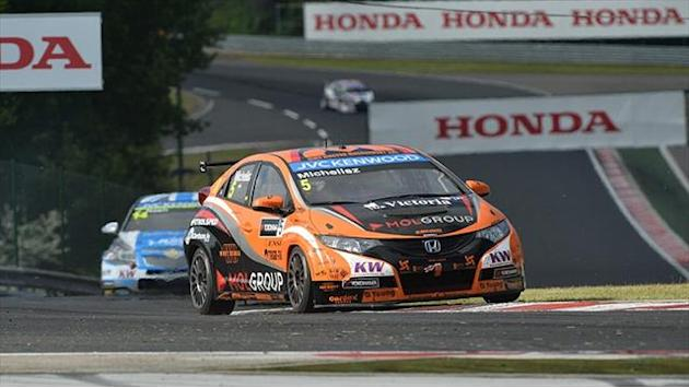 WTCC - Michelisz warms up Hungarian fans ahead of races
