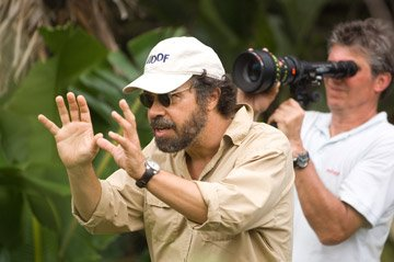Director Edward Zwick on the set of Warner Bros. Blood Diamond