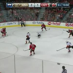 Dennis Wideman Goal on Frederik Andersen (09:03/3rd)