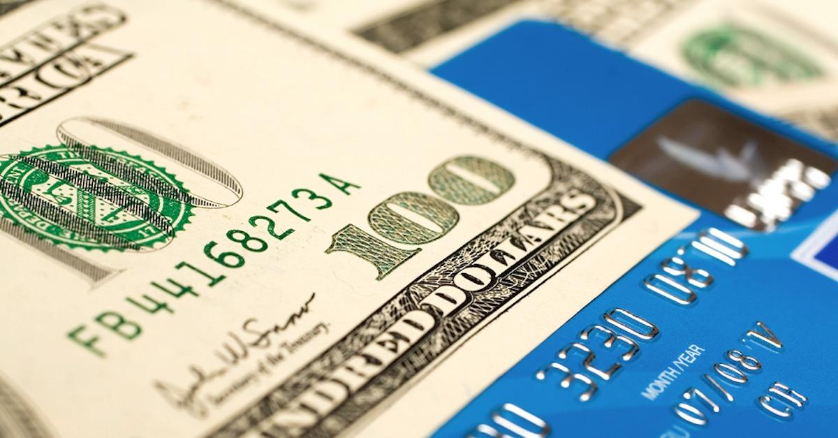 Top 3 Credit Cards For Cash Back On Gas