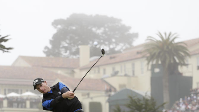 Jim Furyk hits a drive on the fourth hole during the fourth round of the U.S. Open Championship golf tournament Sunday, June 17, 2012, at The Olympic Club in San Francisco. (AP Photo/Eric Gay)