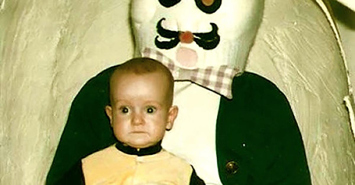 15 Easter Bunny Photos- They Will HAUNT YOU