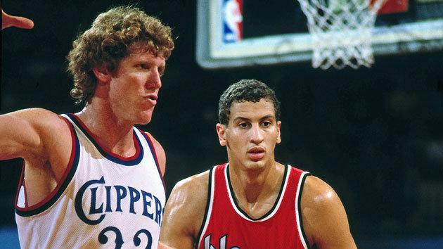 Sam Bowie guards Bill Walton during his rookie season (Getty Images)