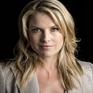 Ali Larter Returns to TV in TNT's 'Legends'