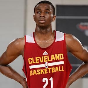 Crossing the Line – LeBron's gift to Andrew Wiggins
