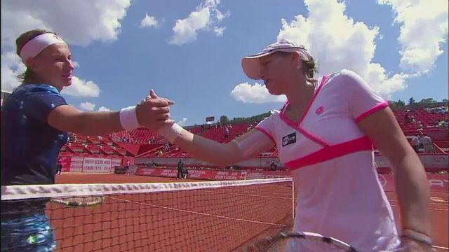 Oprandi through to semis after smashing Kuznetsova