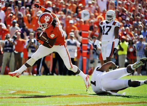 Boyd notches 3 TDs in No. 14 Clemson 38-17 win