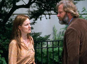 Laura Linney and Jeff Daniels in Samuel Goldwyn Films' The Squid and the Whale