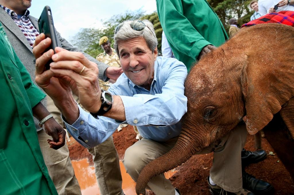 Kerry in Kenya calls for unity to defeat terrorism