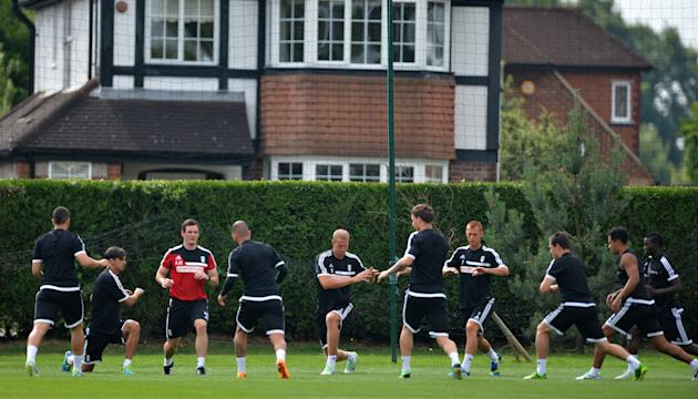 Soccer - Barclays Premier League - Fulham Open Training Session - Motspur Park