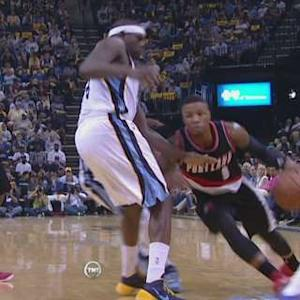 Lillard Lays It In