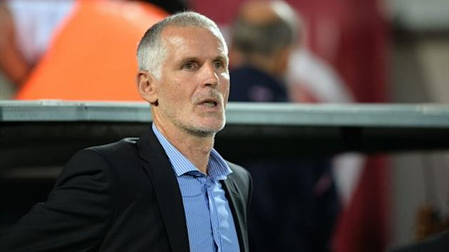 Rolan toujours absent, Gillot grimace