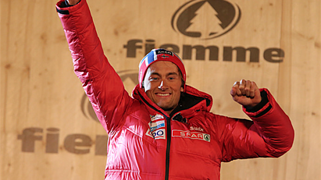 Petter Northug closed the gap at the top of the men's cross country skiing World Cup standings with victory in Lahti.