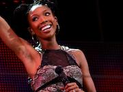 Brandy Performs Surprise Concert for 40 in 90,000 Seat Stadium