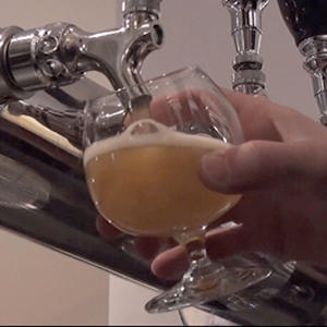 Craft Brewers Choosing to Stay Small, Local