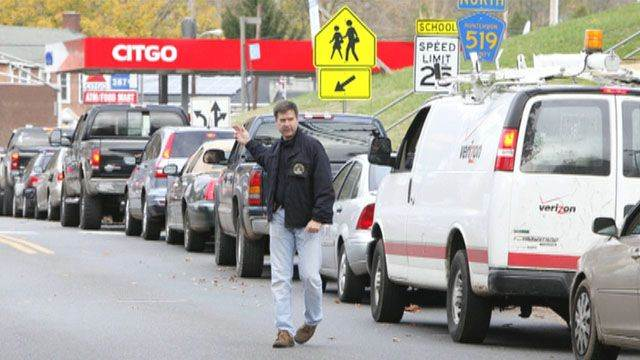 Fuel shortages cause long lines in New York, New Jersey