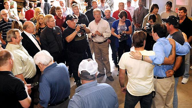 Walker angers temperance union by serving beer