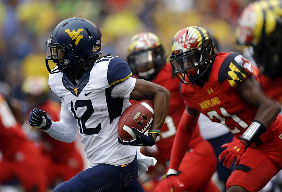 Undefeated Maryland rolls past West Virginia 37-0