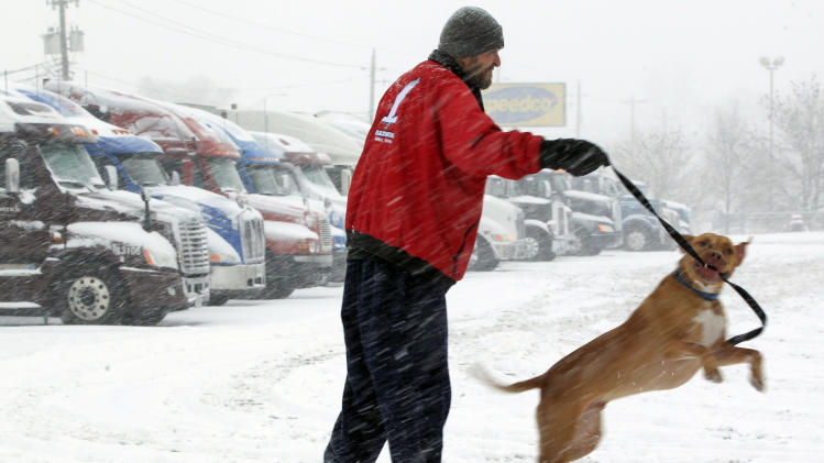 Storm promises messy, dangerous commute in Midwest