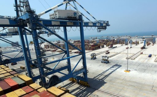 <p>The new Khalifa Port in Abu Dhabi has received its first ship from a commercial customer. The first phase of the project, now complete, has cost 26.6 billion dirhams ($7.2 billion).</p>
