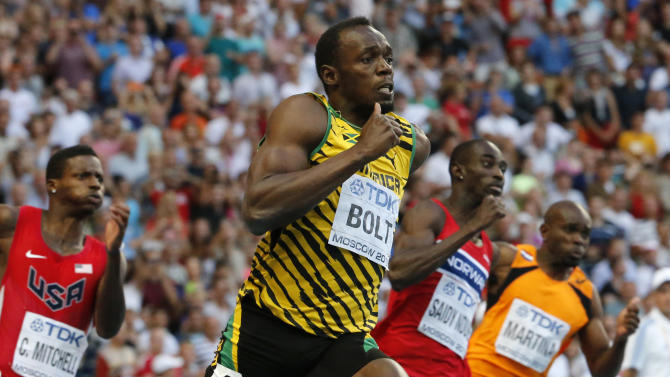 Jamaica's Usain Bolt, second from left, competes in the men's 200-meter final at the World Athletics Championships in the Luzhniki stadium in Moscow, Russia, Saturday, Aug. 17, 2013. (AP Photo/Misha Japaridze)