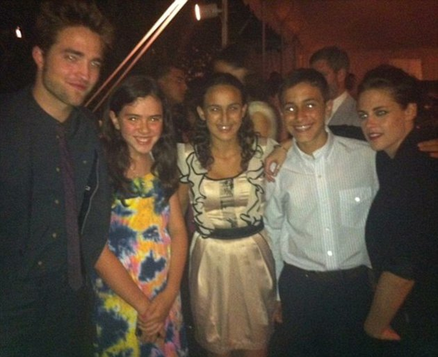 Kristen Stewart Wears Jeans To A Hollywood Wedding With Robert Pattinson