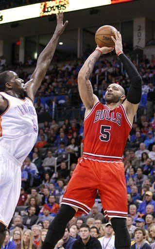 Thunder's D back to form in 102-72 rout of Bulls