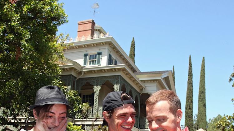 Joey Lawrence Celebrates 36th Birthday With Brothers At Disneyland