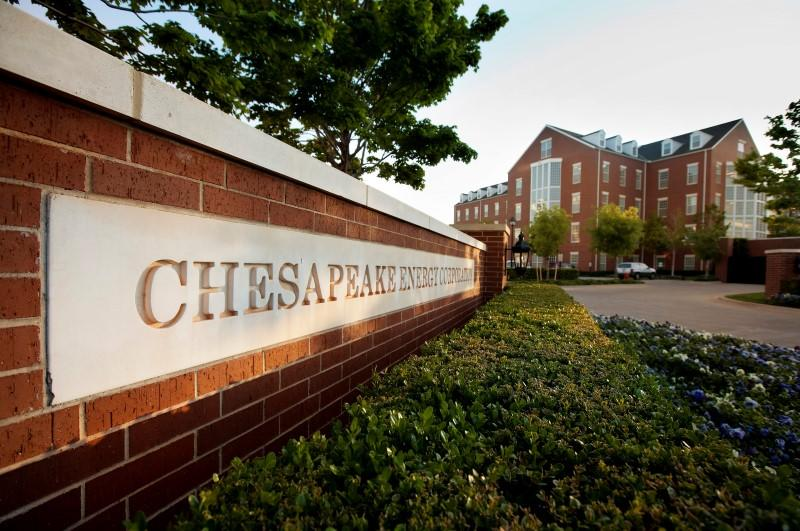 Chesapeake moves to quash bankruptcy fears as shares plunge