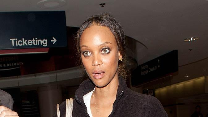 Tyra Banks LAX Airport