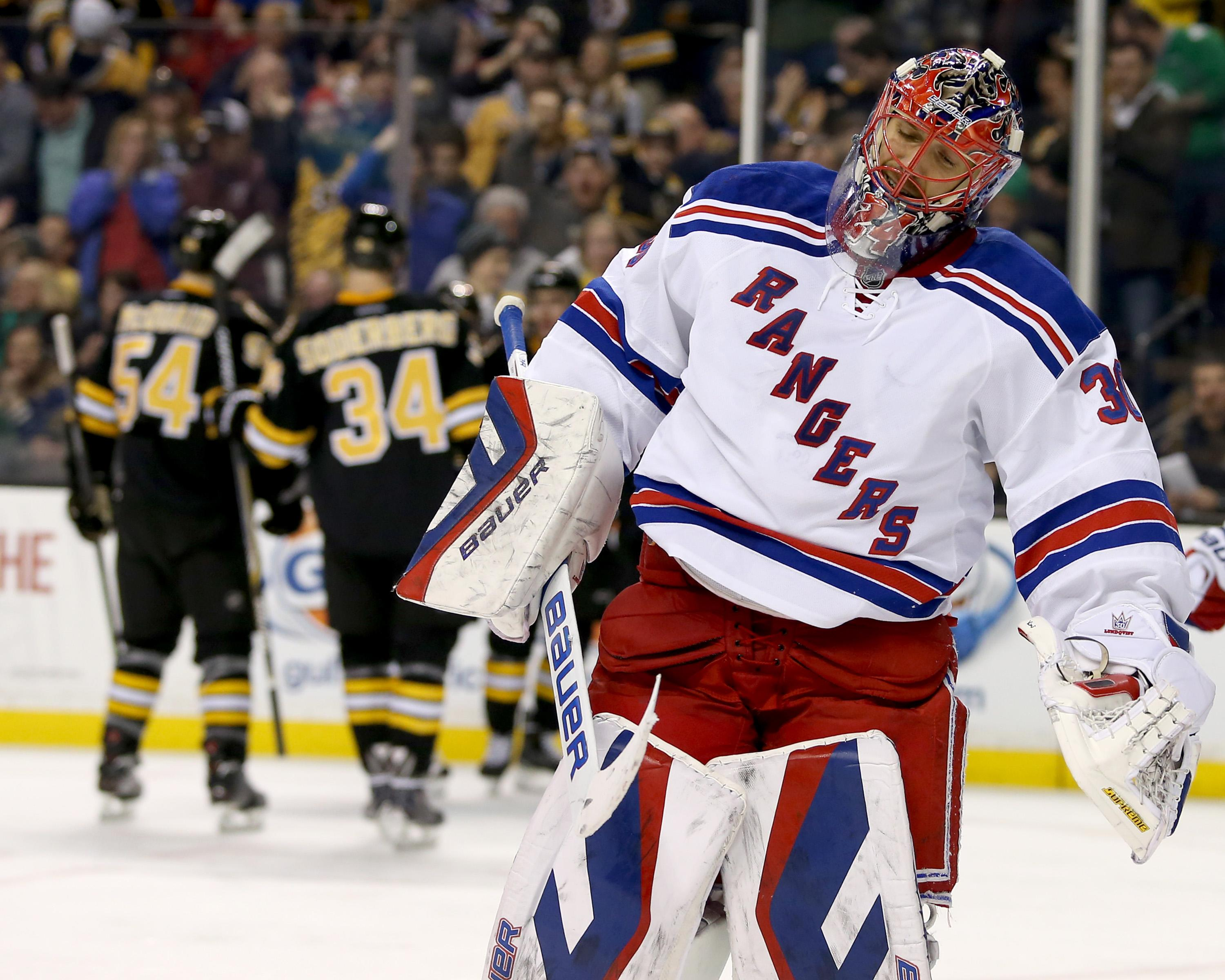 Lucic scores 2 goals in Bruins' 4-2 win over Rangers